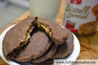 chocolate_cookie_butter_surprise_cookies