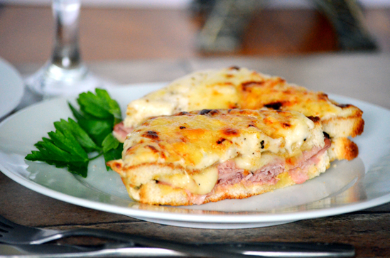 Toaster Oven Croque Monsieur (French ham and cheese sandwich) in 20 ...