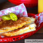 Perfect Grilled Cheese Sandwich in 5 Minutes